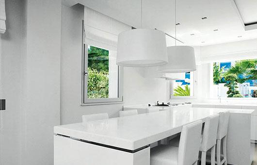 Finestre e serramenti in alluminio: installazione del modello NC 90 STH HES